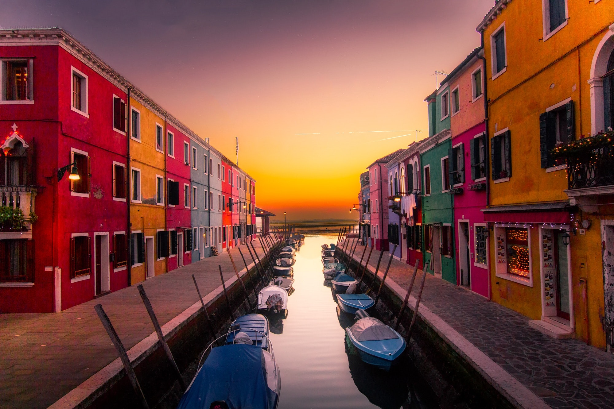 architecture-boats-buildings-417344